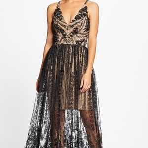 Dress The Population Chelsea Plunging Lace Gown